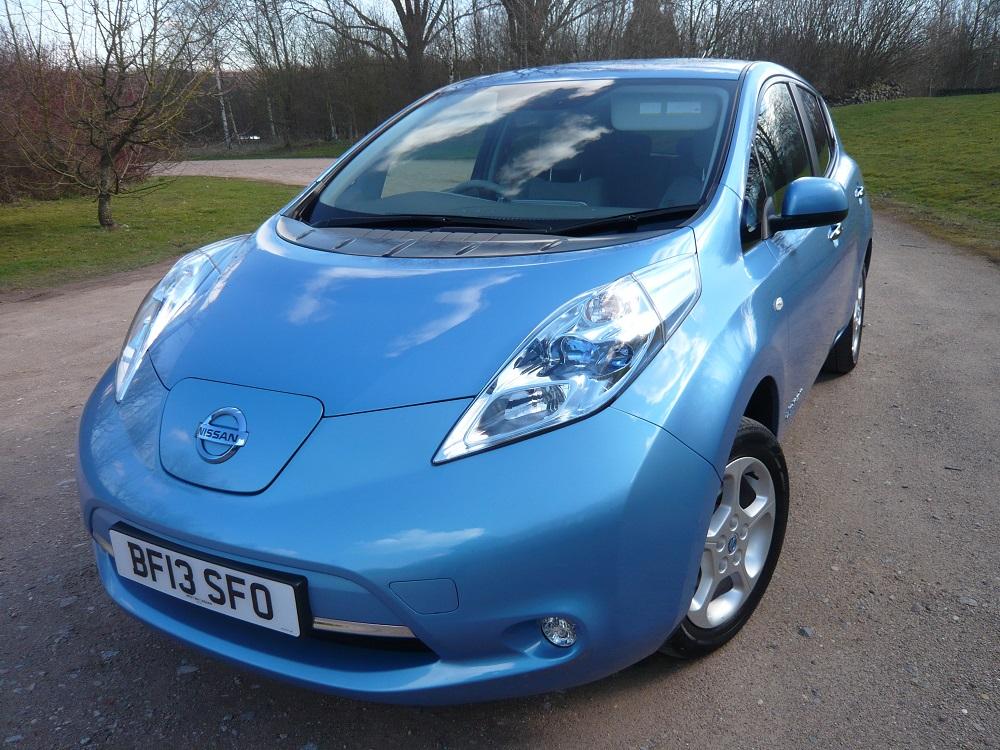 nissan leaf electric for sale eco cars. Black Bedroom Furniture Sets. Home Design Ideas